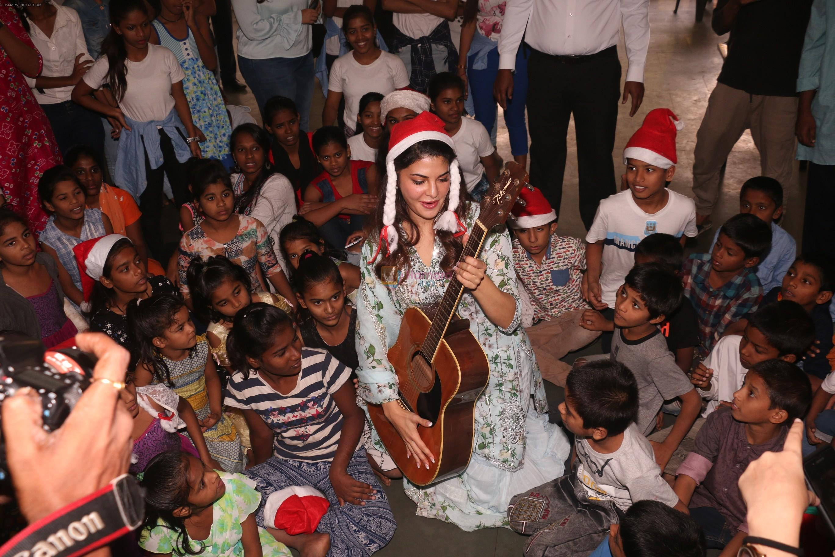 Jacqueline Fernandez celebrates Christmas with underprivileged children at bandra on 25th Dec 2018