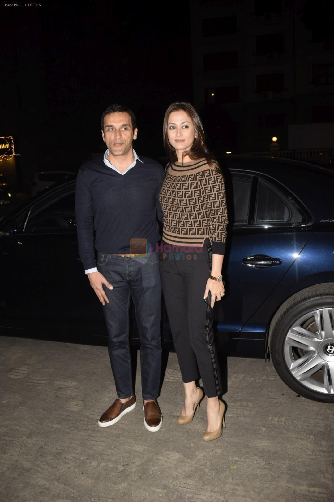 Gayatri Joshi at Hrithik Roshan birthday celebration at Soho House juhu on 10th Jan 2019
