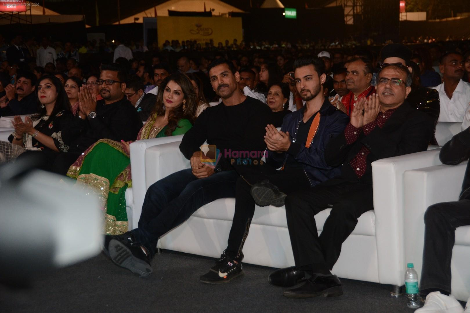 John Abraham, Aayush Sharma at Umang police festival in bkc on 27th Jan 2019
