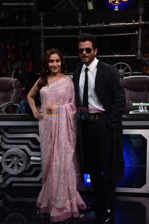 Anil Kapoor and Madhuri Dixit on sets of Super Dancer chapter 3 on 11th Feb 2019