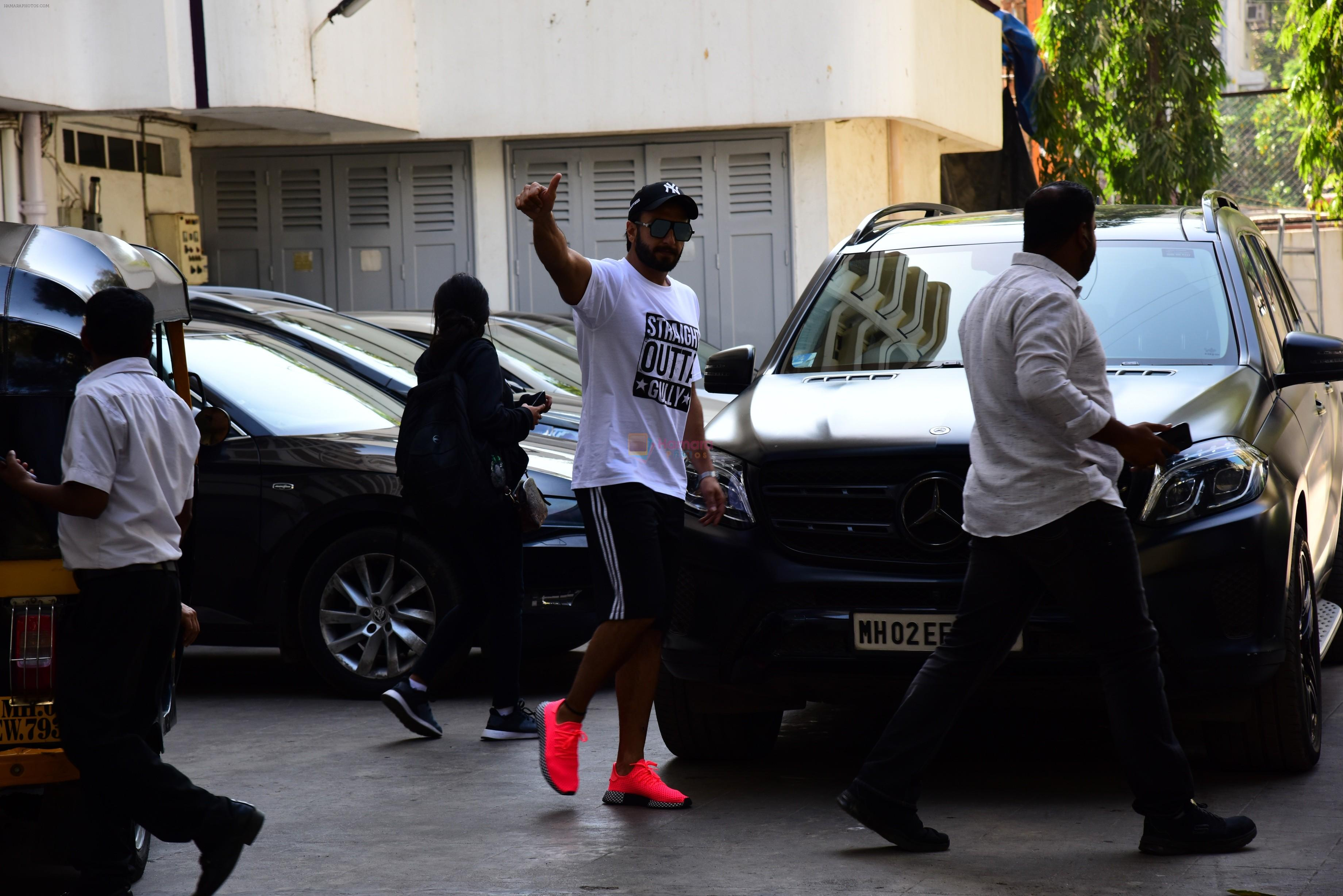 Ranveer Singh spotted at bandra on 25th Feb 2019