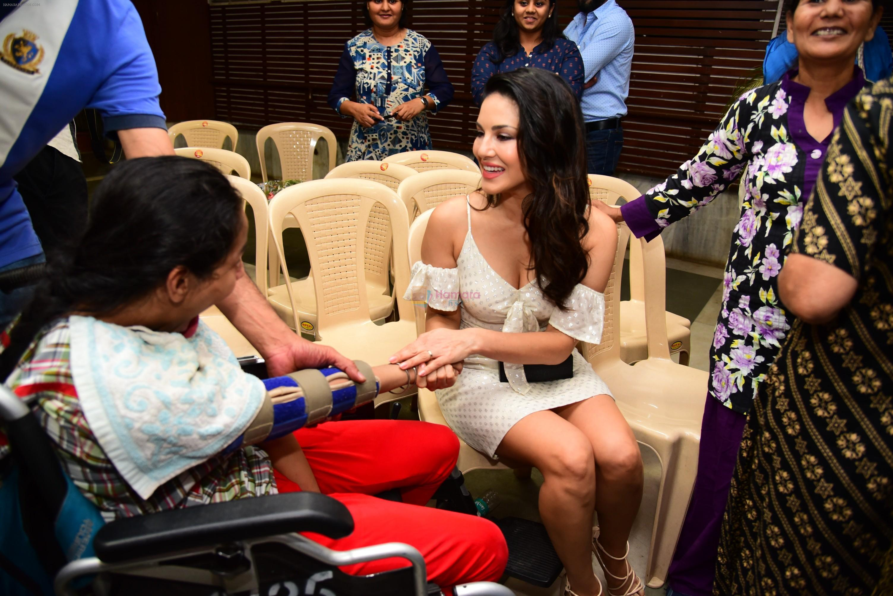 Sunny Leone at a seminar for parents and professionals on role of aquatic thearapy at bandra on 12th March 2019
