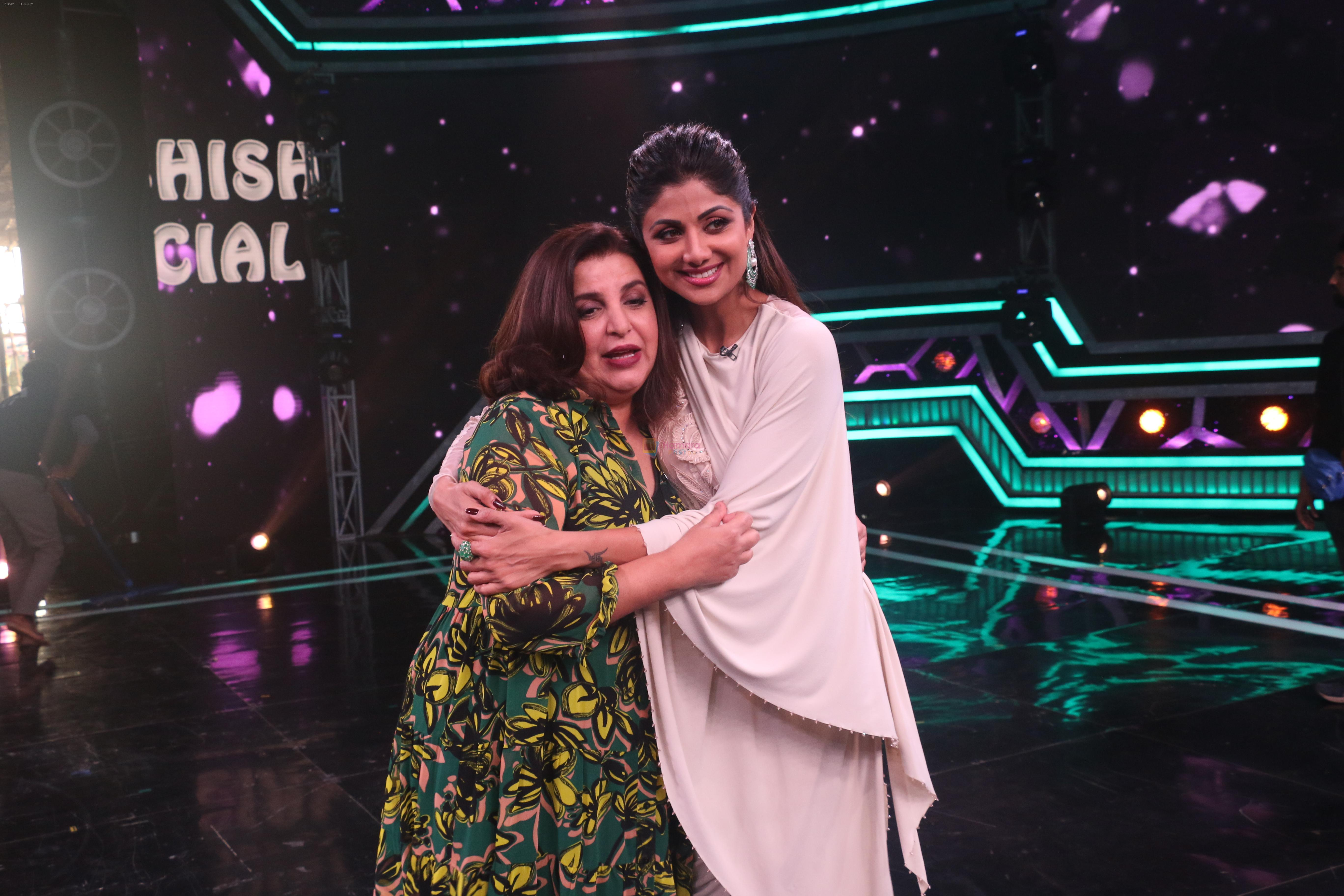 Farah Khan, Shilpa Shetty on the sets of Super Dancer Chapter 3 on 11th Jan 2019