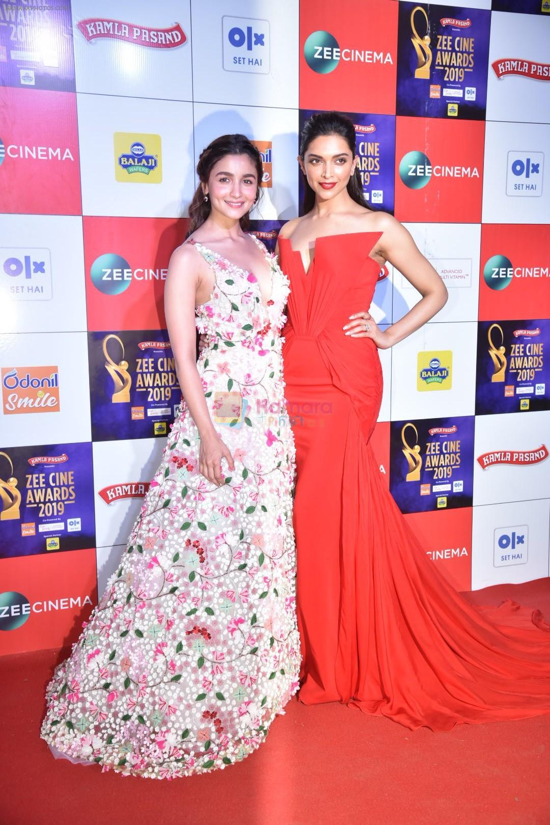 Deepika Padukone at Zee cine awards red carpet on 19th March 2019