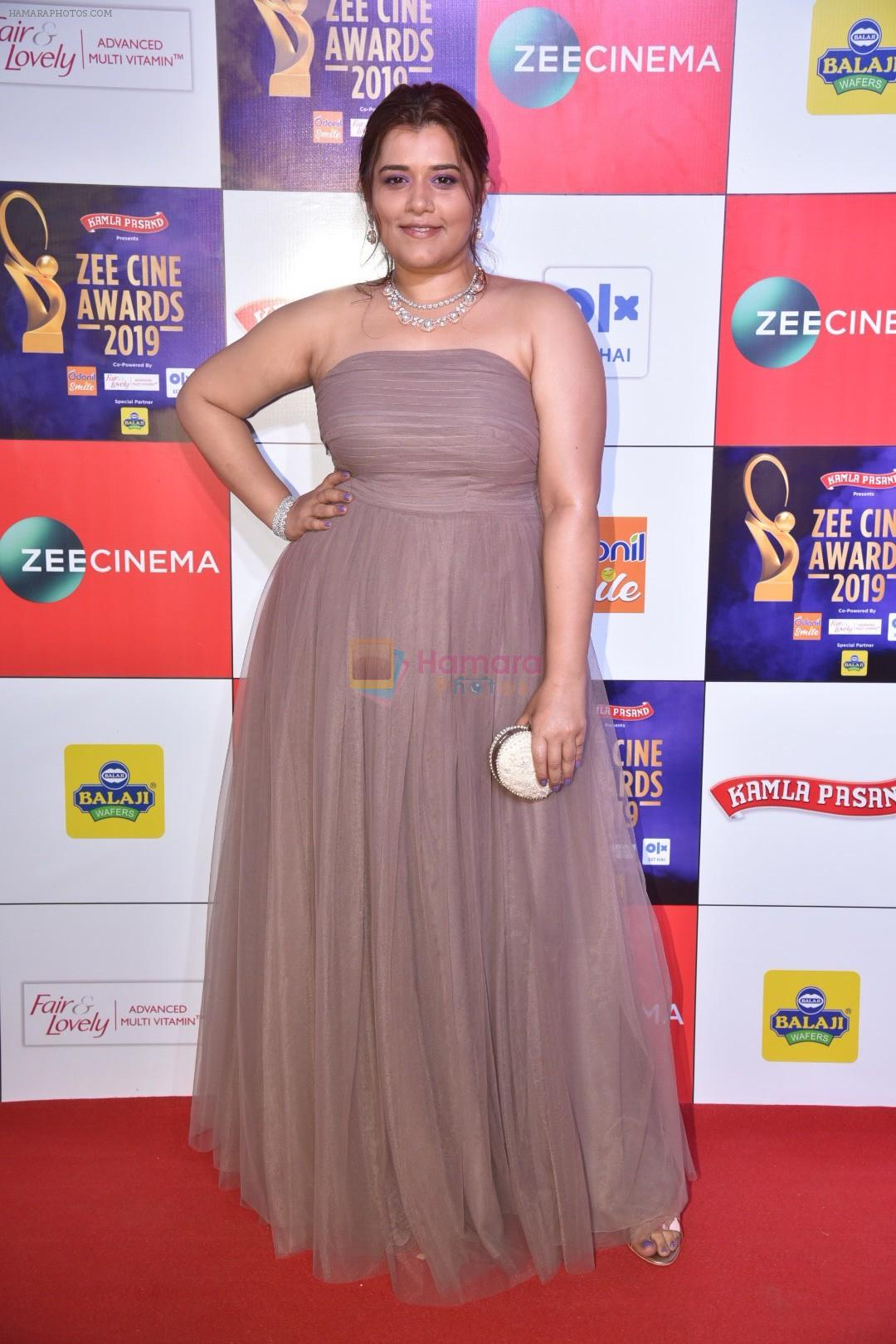 Shikha Talsania at Zee cine awards red carpet on 19th March 2019