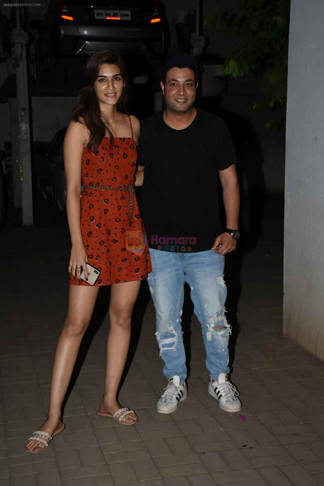 Kriti Sanon & Varun Sharma spotted at macdock office in bandra on 26th May 2019