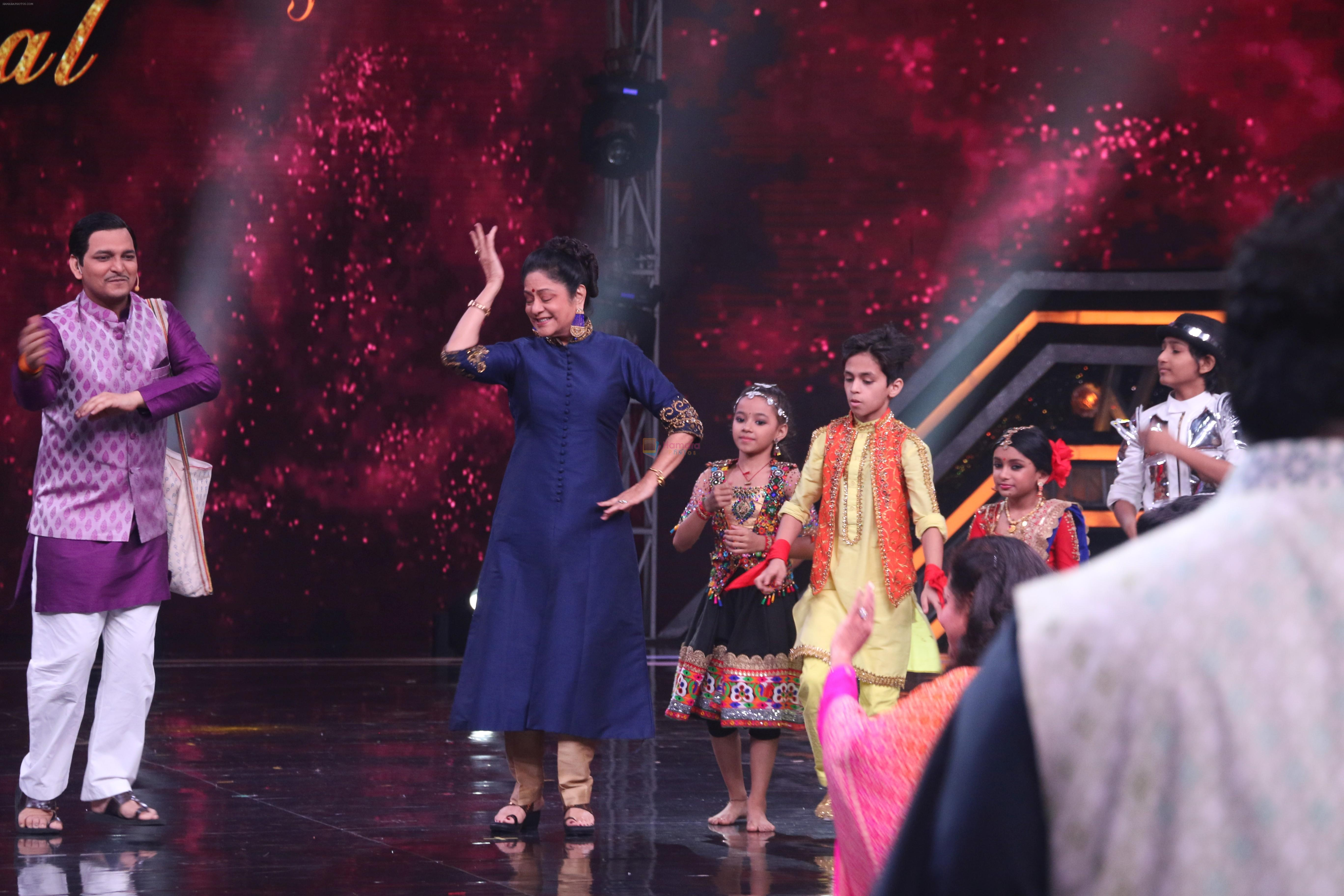 Aruna Irani on the sets of Super Dancer Chapter 3 in filmcity on 3rd June 2019