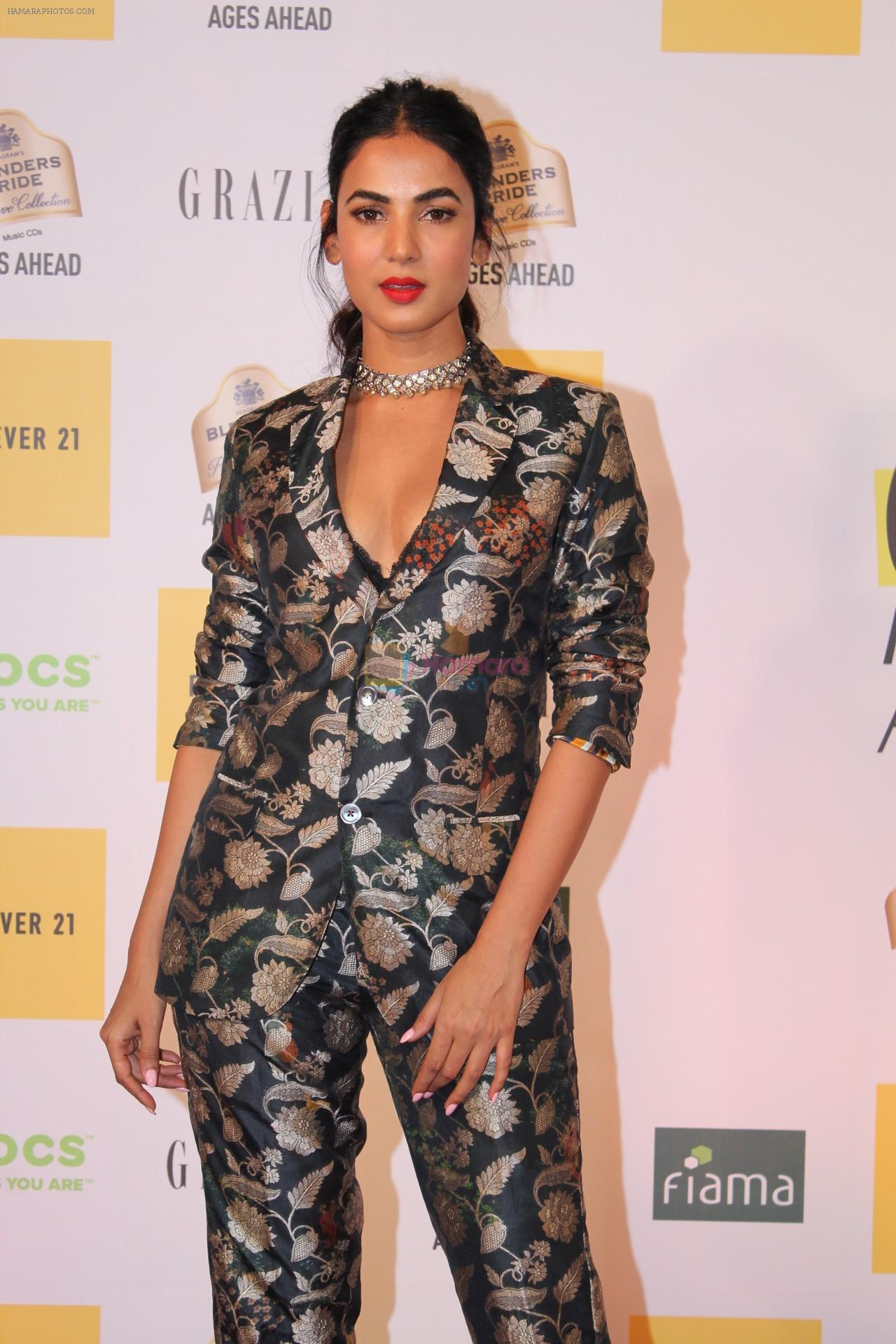 Sonal Chauhan at the Red Carpet of 1st Edition of Grazia Millennial Awards on 19th June 2019 on 19th June 2019
