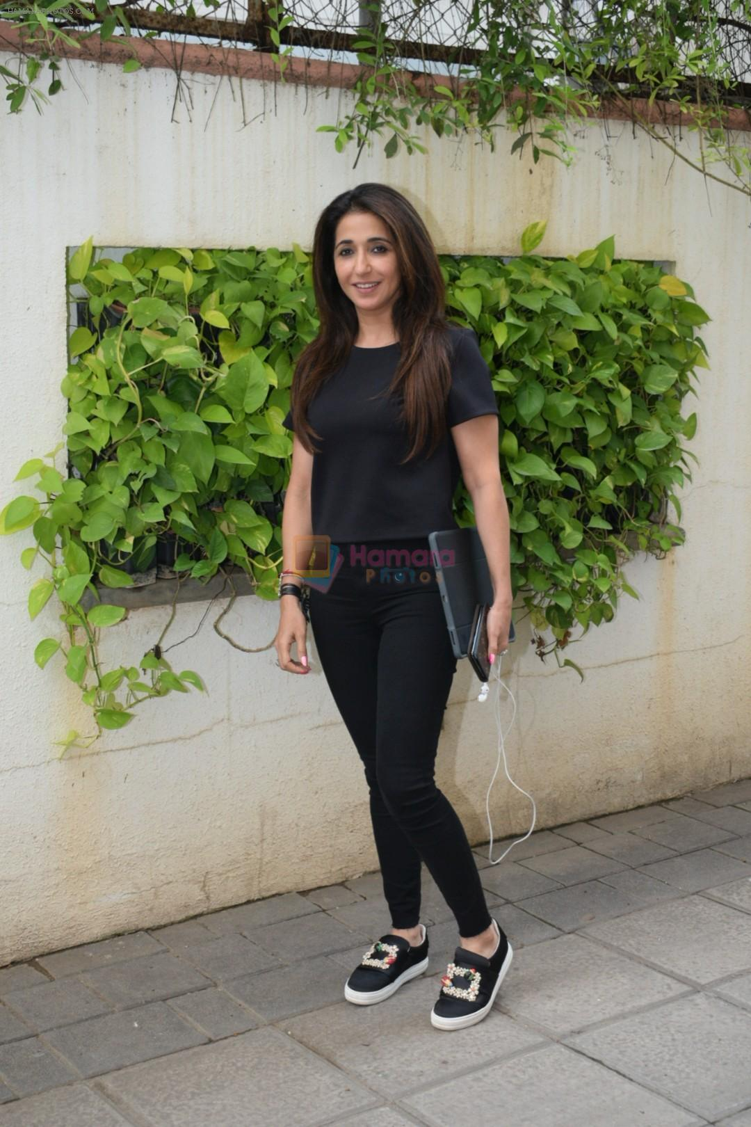 Krishika Lulla spotted juhu on 26th June 2019