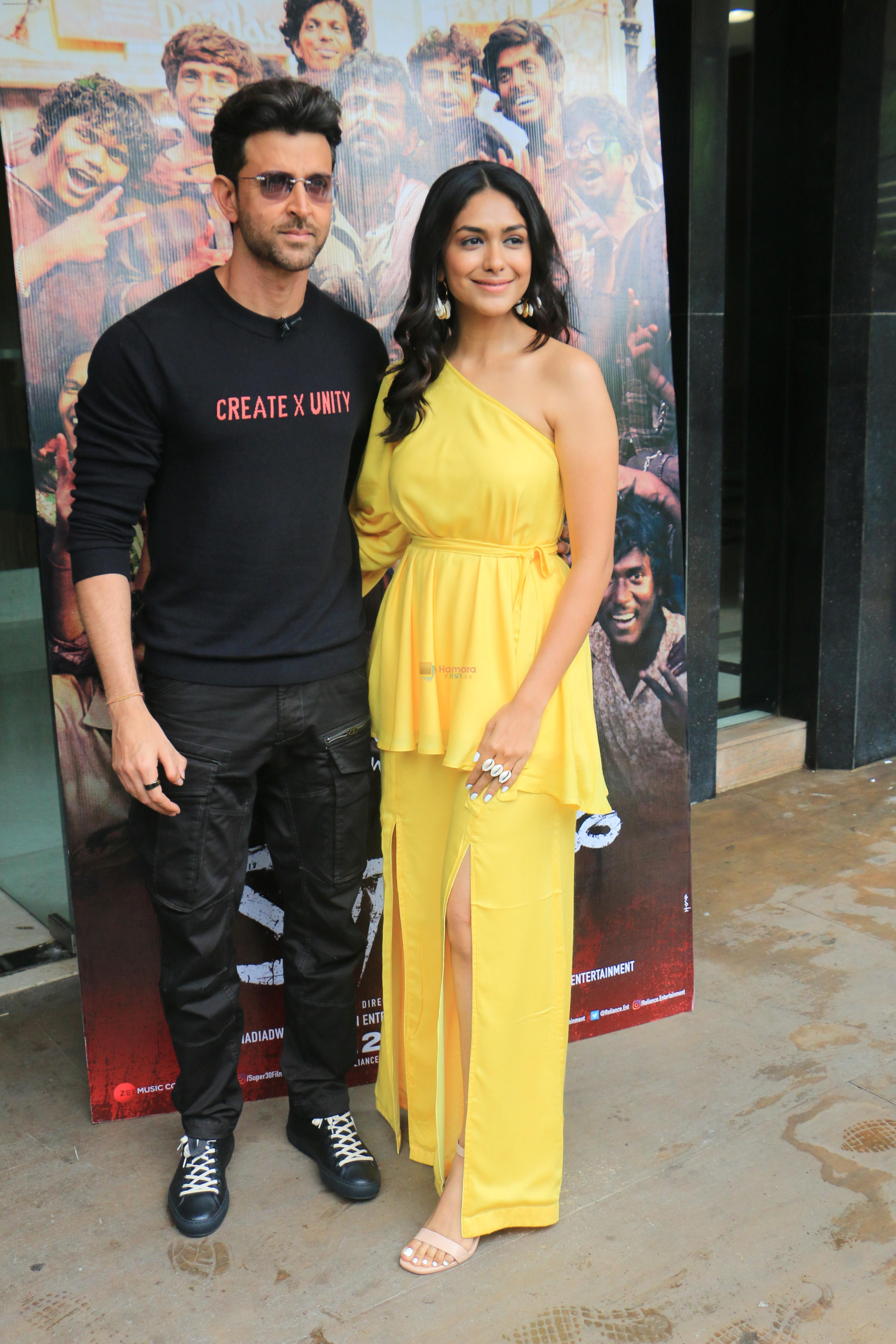 Hrithik Roshan, Mrunal Thakur during the promotions of film Super 30 at Sun n Sand juhu on 2nd July 2019