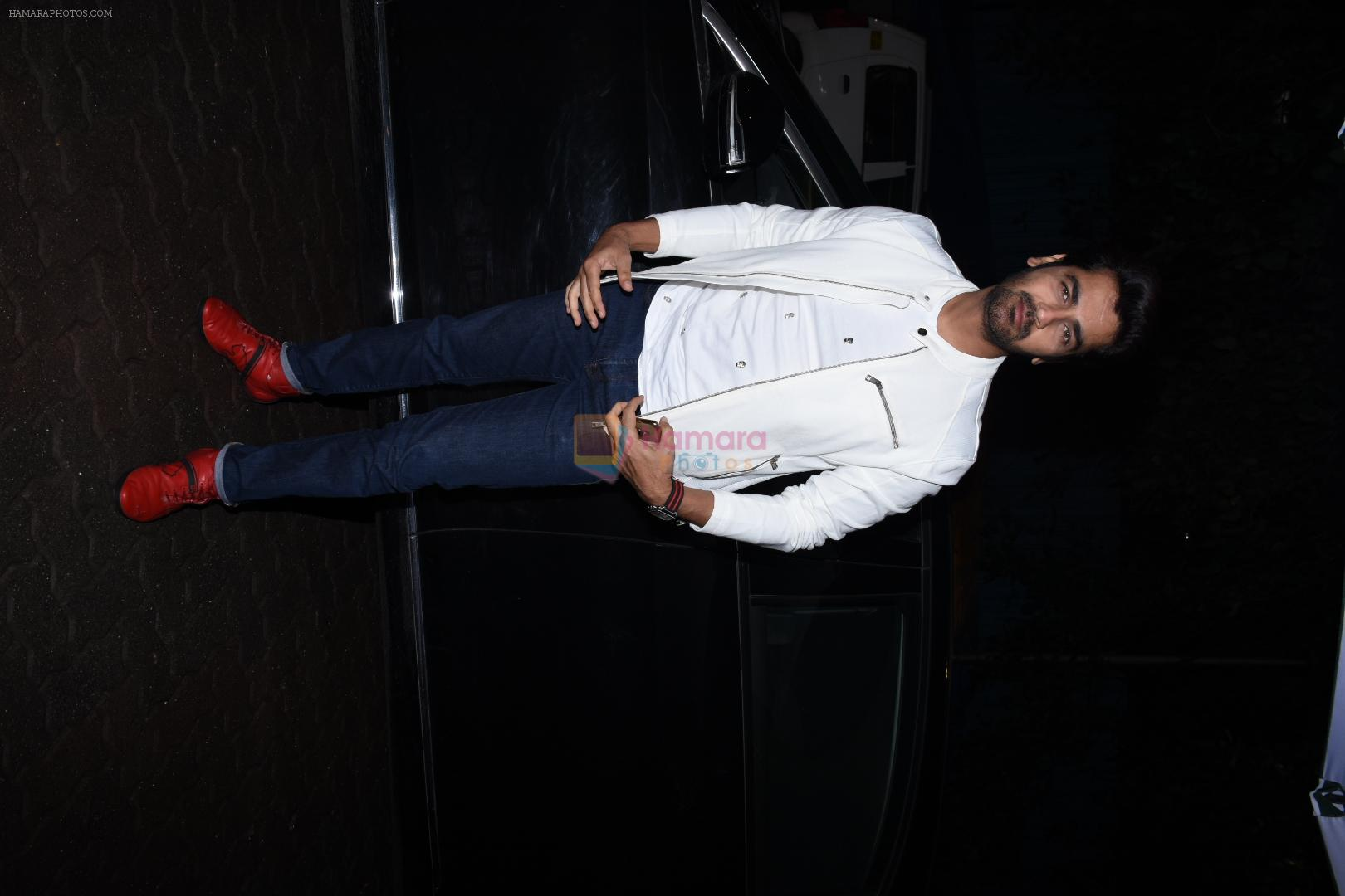 Arjan Bajwa at the Success party of Kabir Singh in Arth, khar on 4th July 2019-1