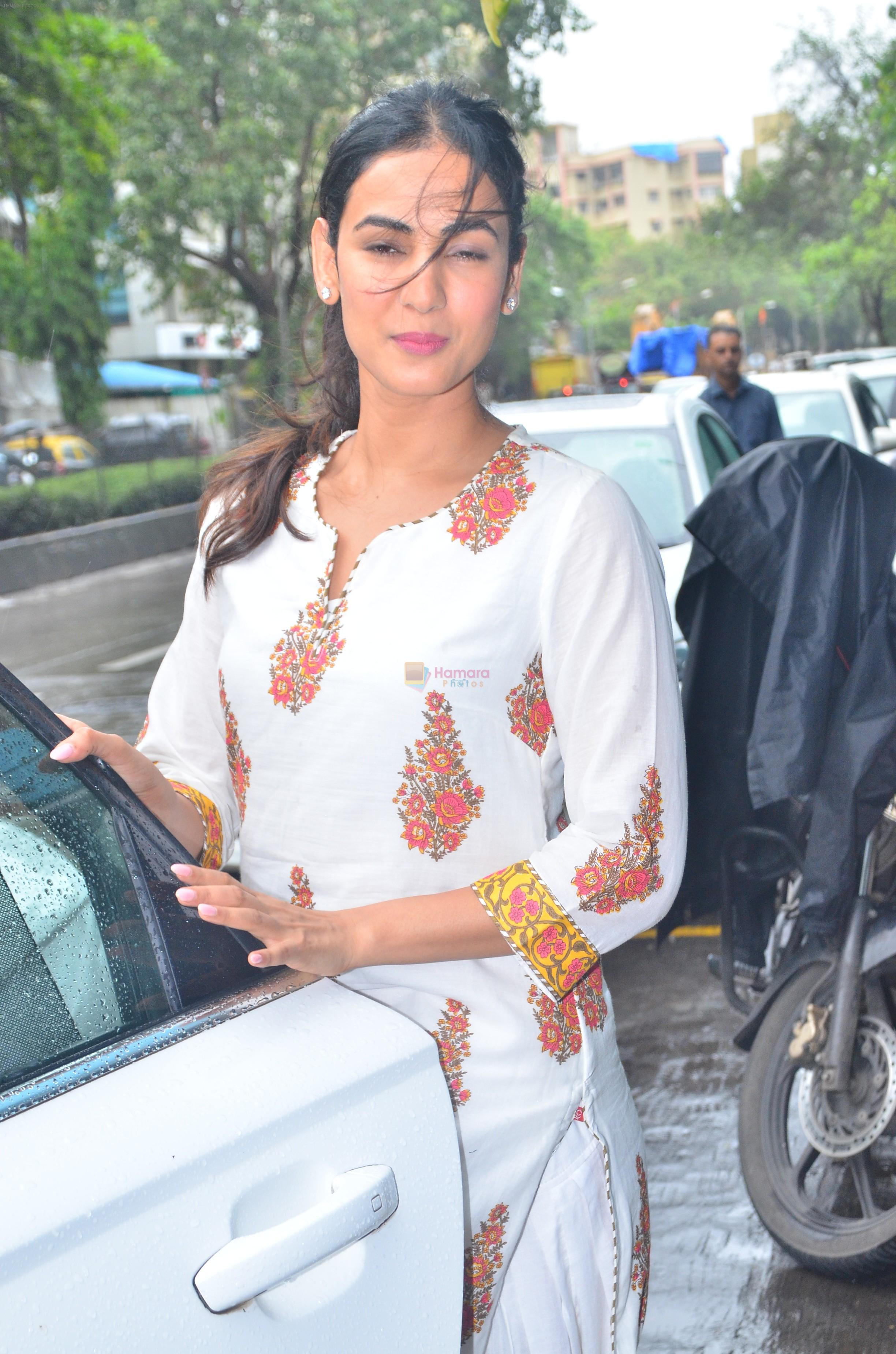 Sonal Chauhan spotted at Mukesh Chabra's office in juhu on 29th July 2019