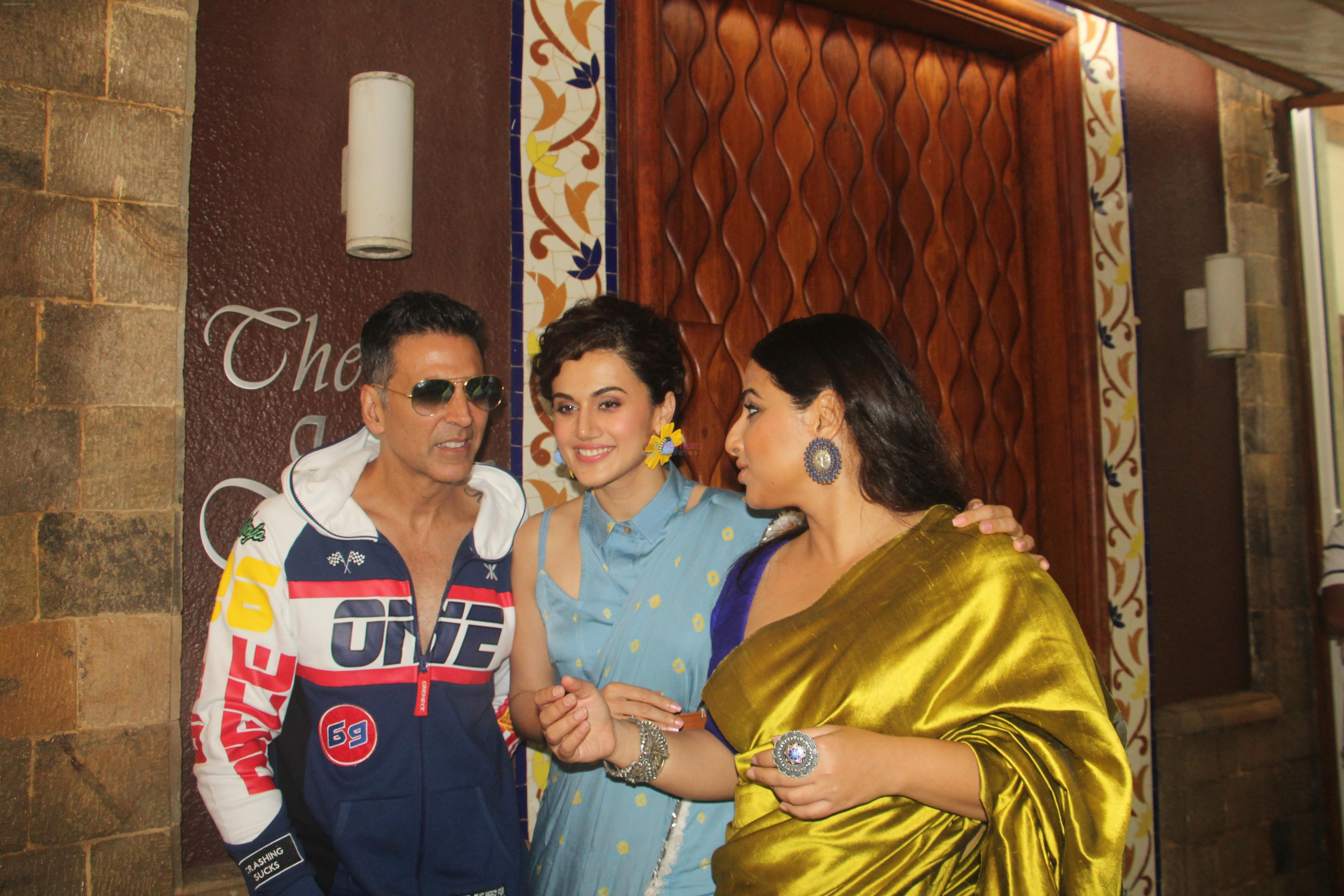 Akshay Kumar, Tapsee Pannu, Vidya Balan at the media interactions for film Mission Mangal at Sun n Sand in juhu on 3rd Aug 2019