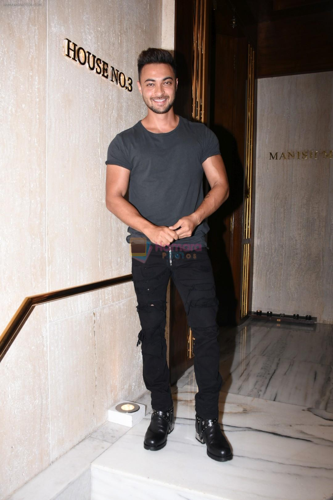 Aayush Sharma at Manish Malhotra's party at his home in bandra on 20th Aug 2019