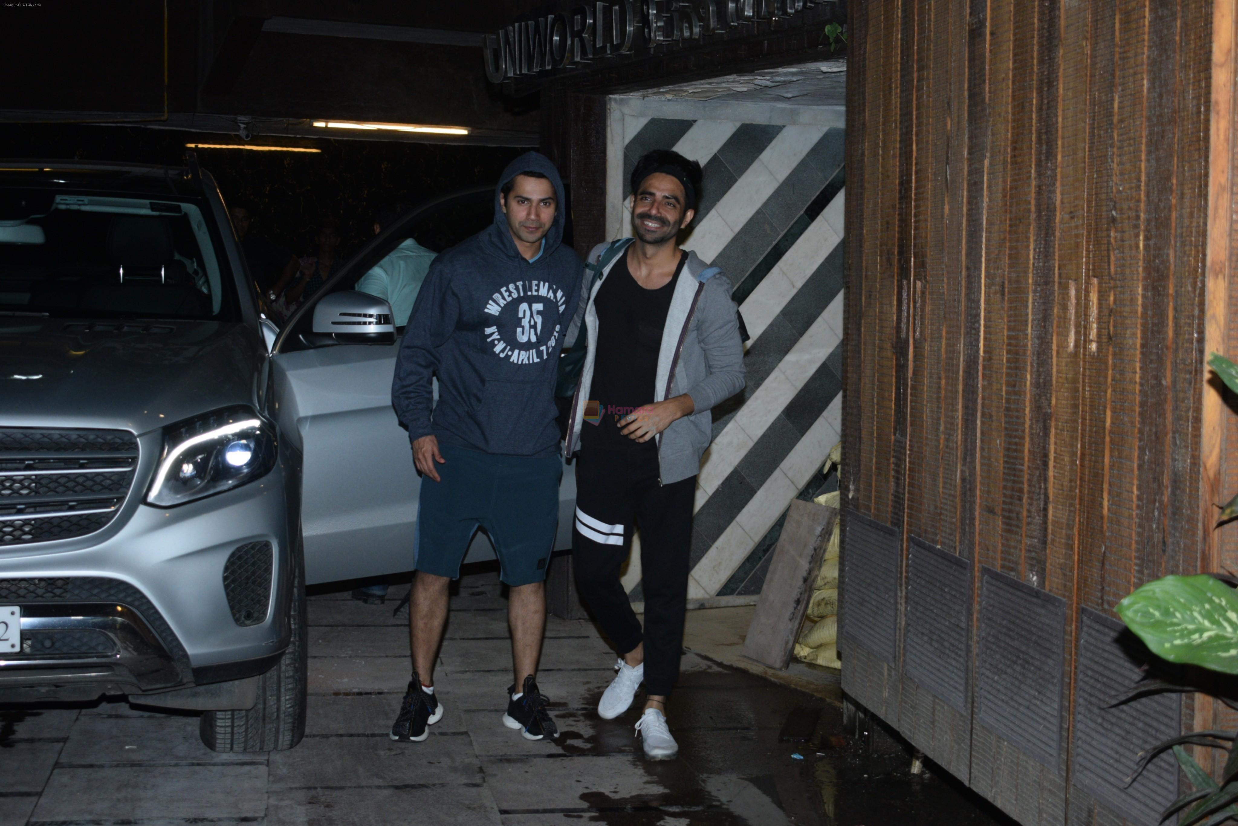 Varun Dhawan, Aparshakti Khurana spotted at gym in juhu on 21st Aug 2019
