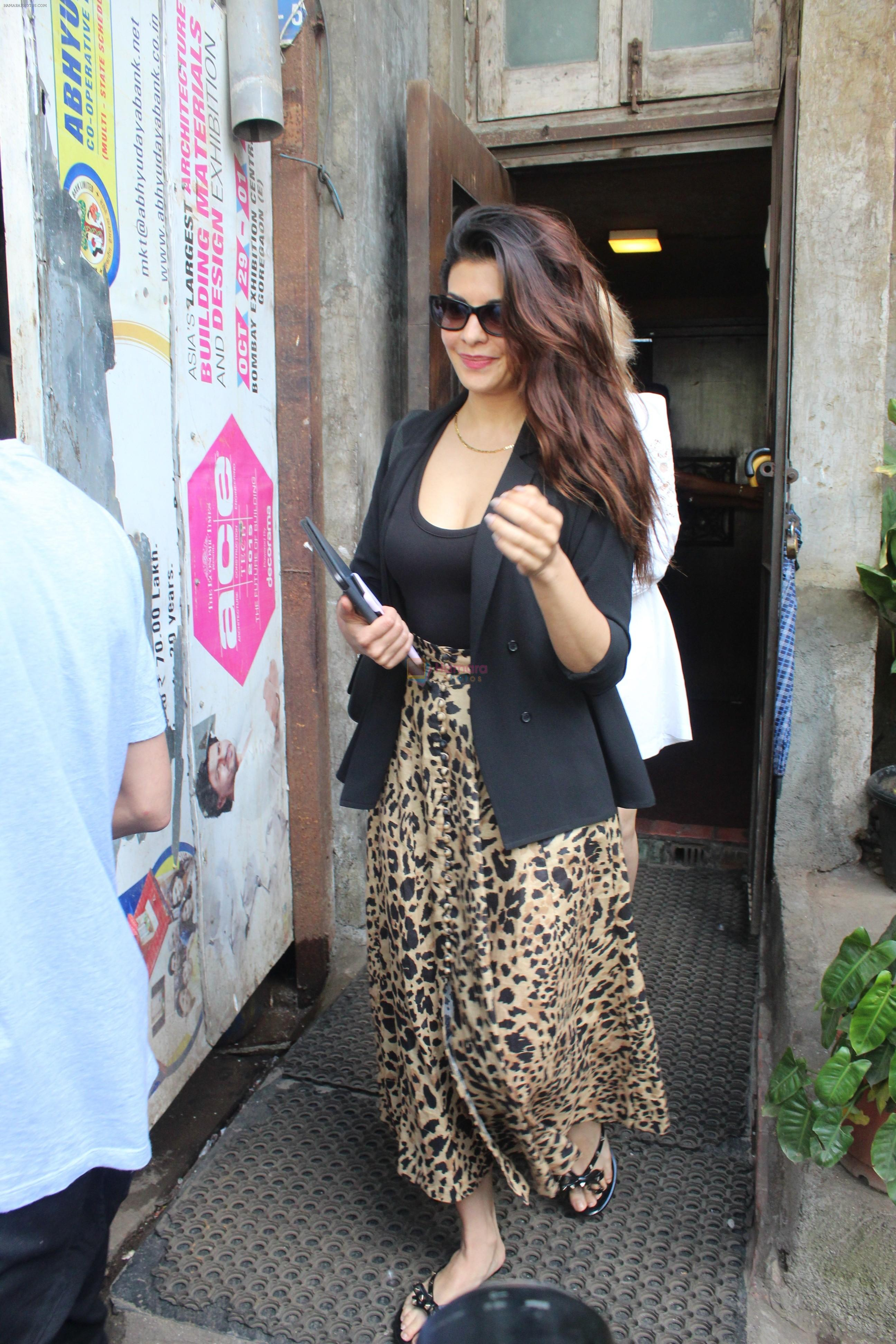 Jacqueline Fernandez spotted at palli bhavan restaurant at bandra on 22nd Aug 2019