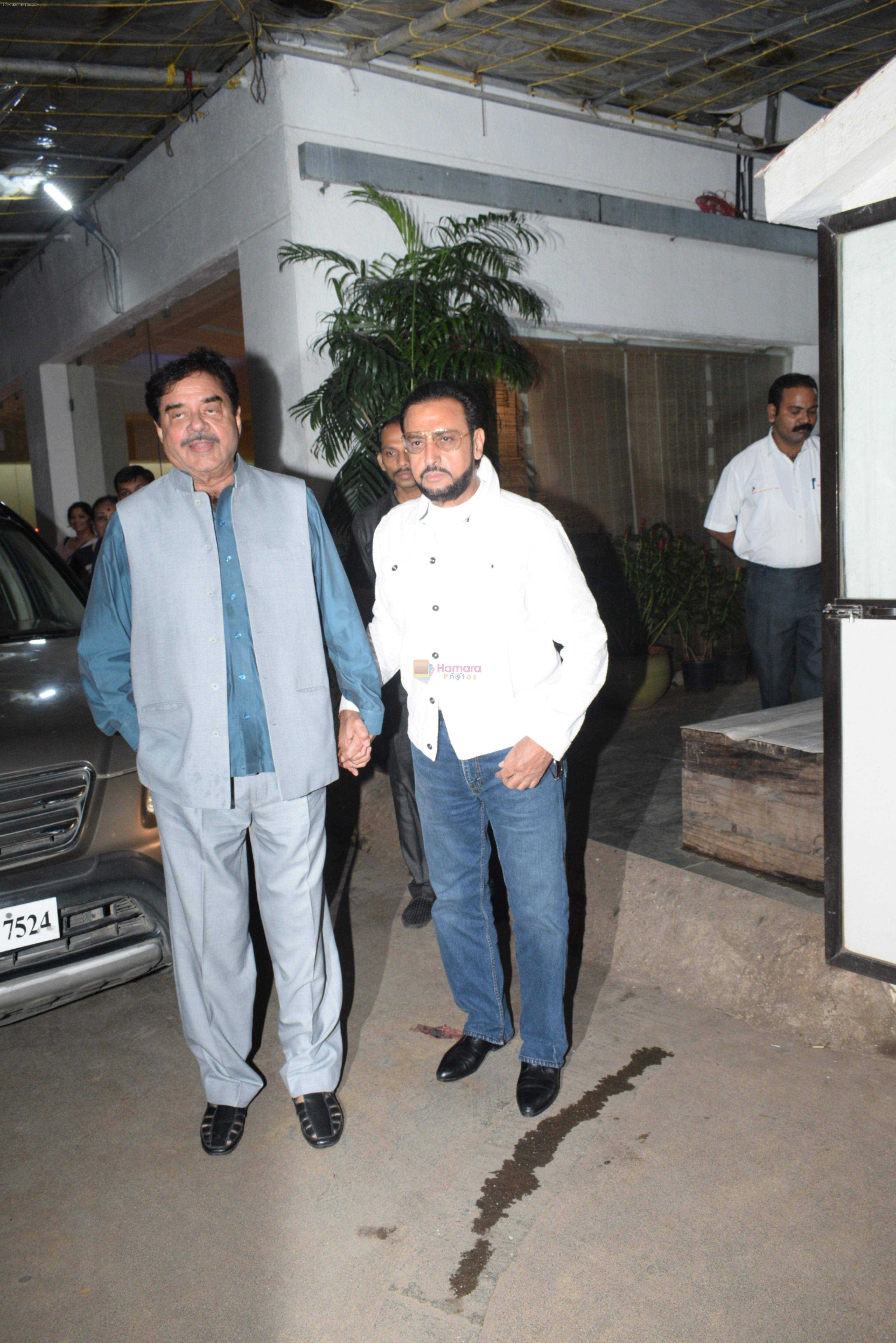 Shatrughan Sinha, Gulshan Grover at the screening of film Mission Mangal in sunny sound juhu on 25th Aug 2019