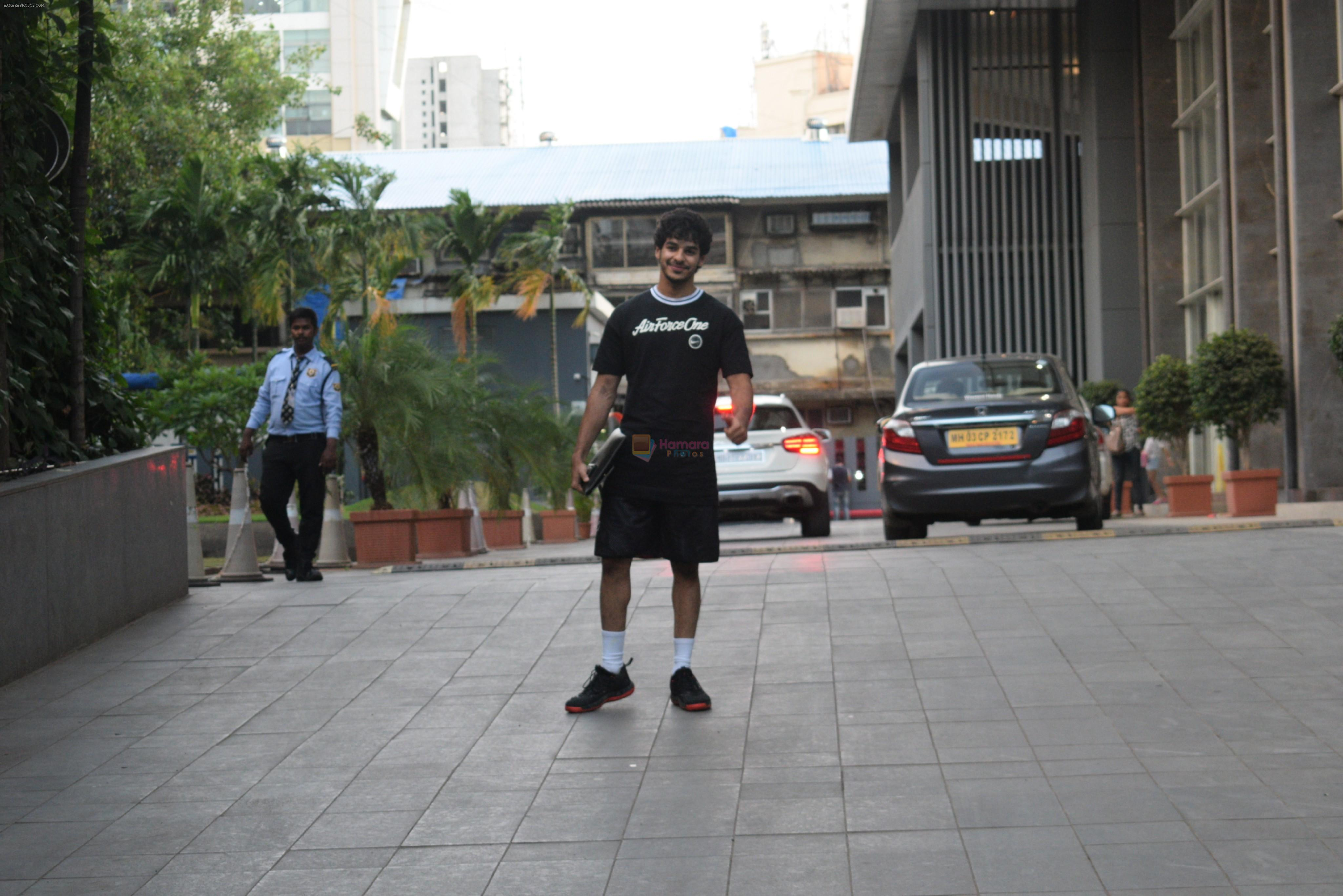 Ishaan Khattar spotted at andheri on 28th Aug 2019