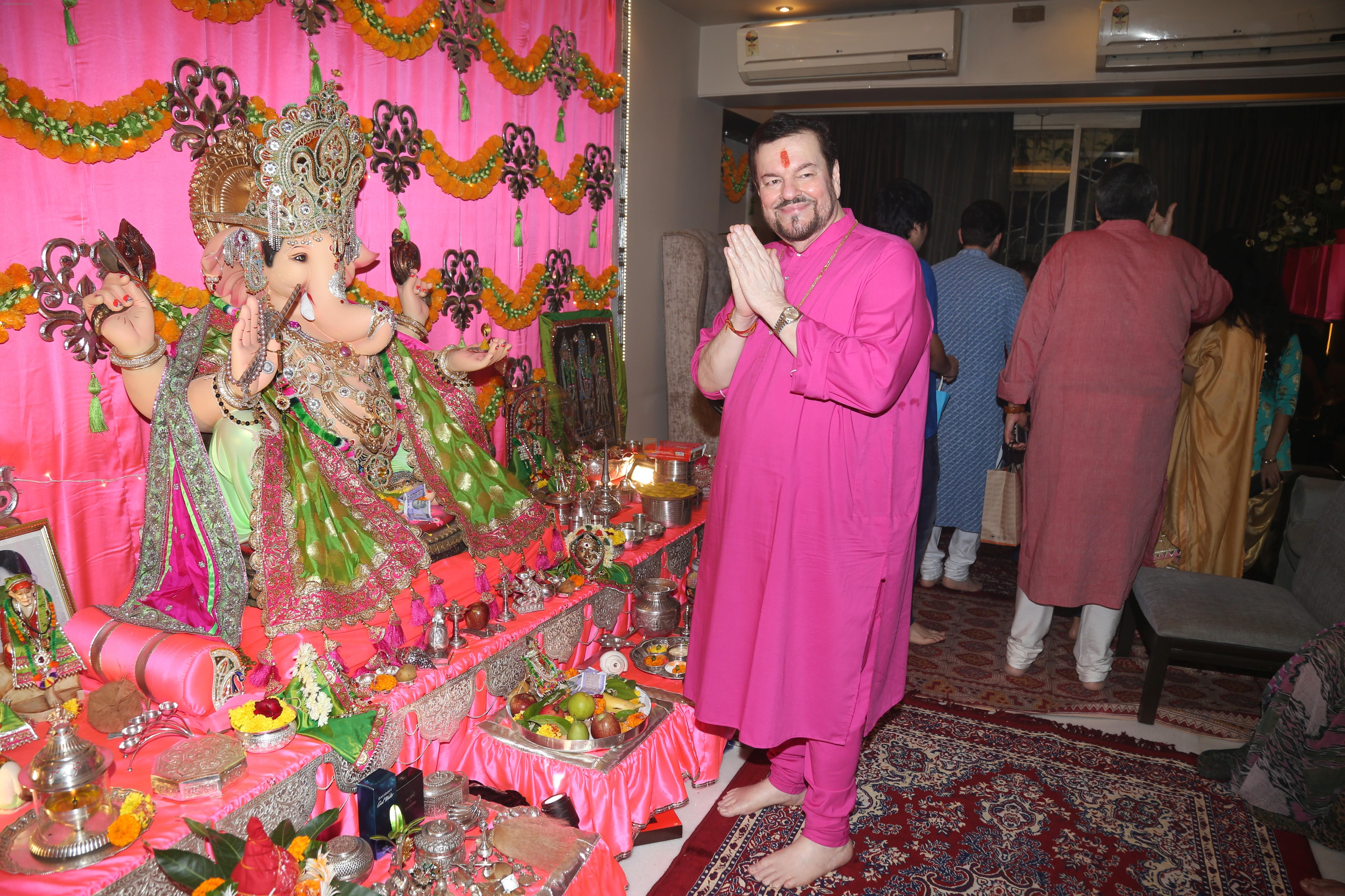 Neil Nitin Mukesh's Ganpati celebration at his house on 2nd Sept 2019