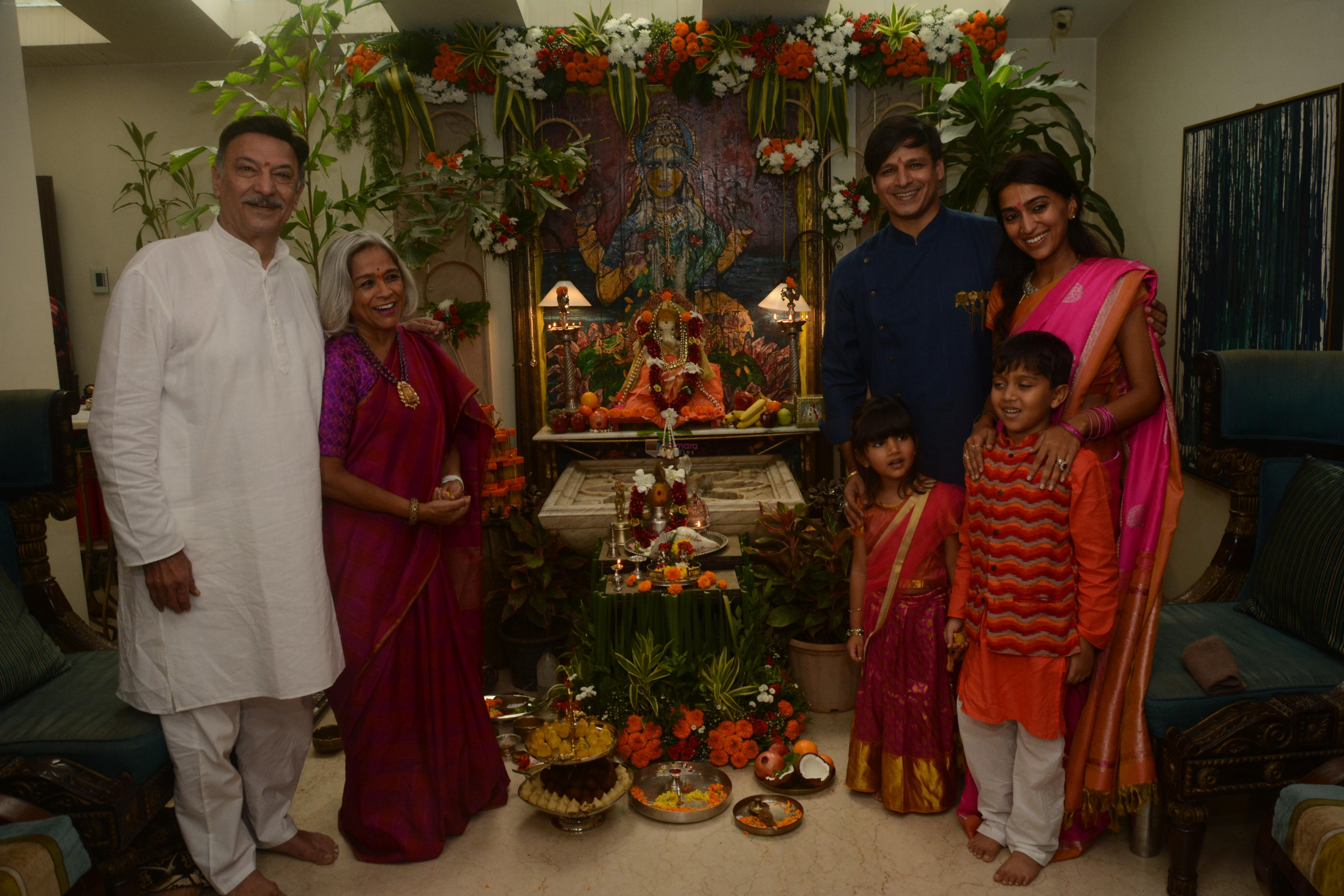 Vivek Oberoi's Ganpati celebration at his house on 2nd Sept 2019