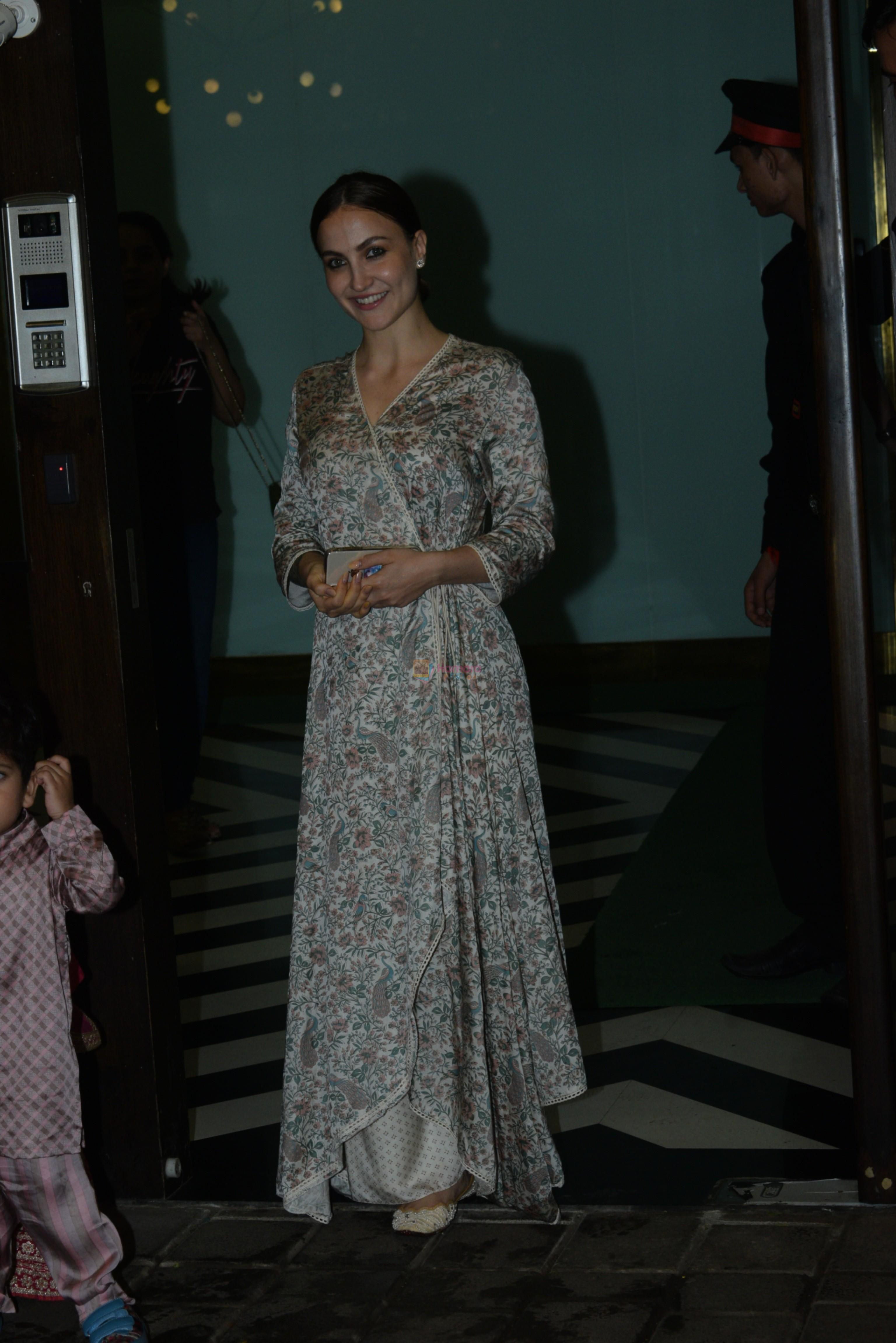 Elli Avram at Arpita Khan's home for Ganesh Chaturthi on 2nd Sept 2019
