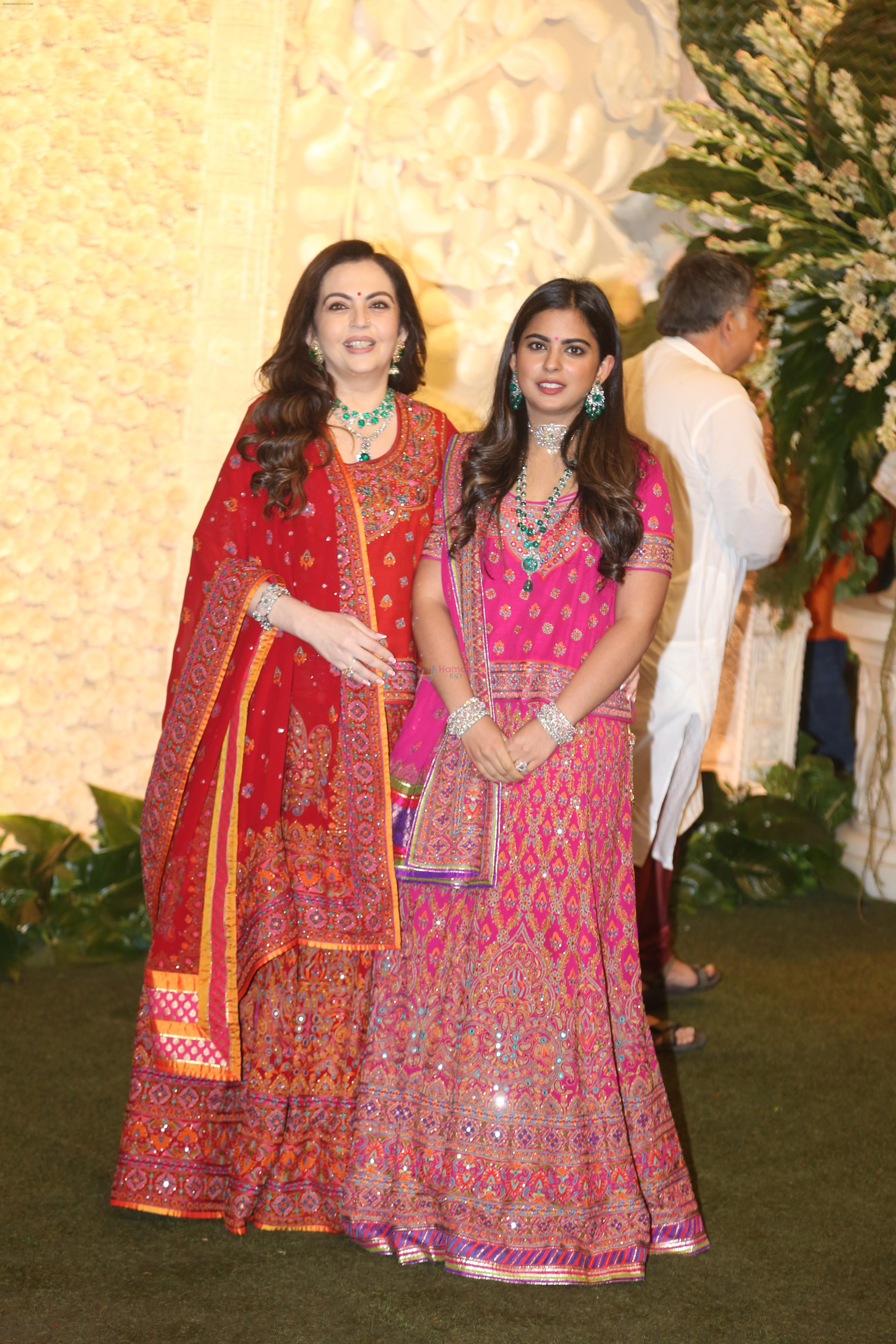 Nita Ambani, Isha Ambani at Mukesh Ambani's house for Ganpati celebration on 2nd Sept 2019