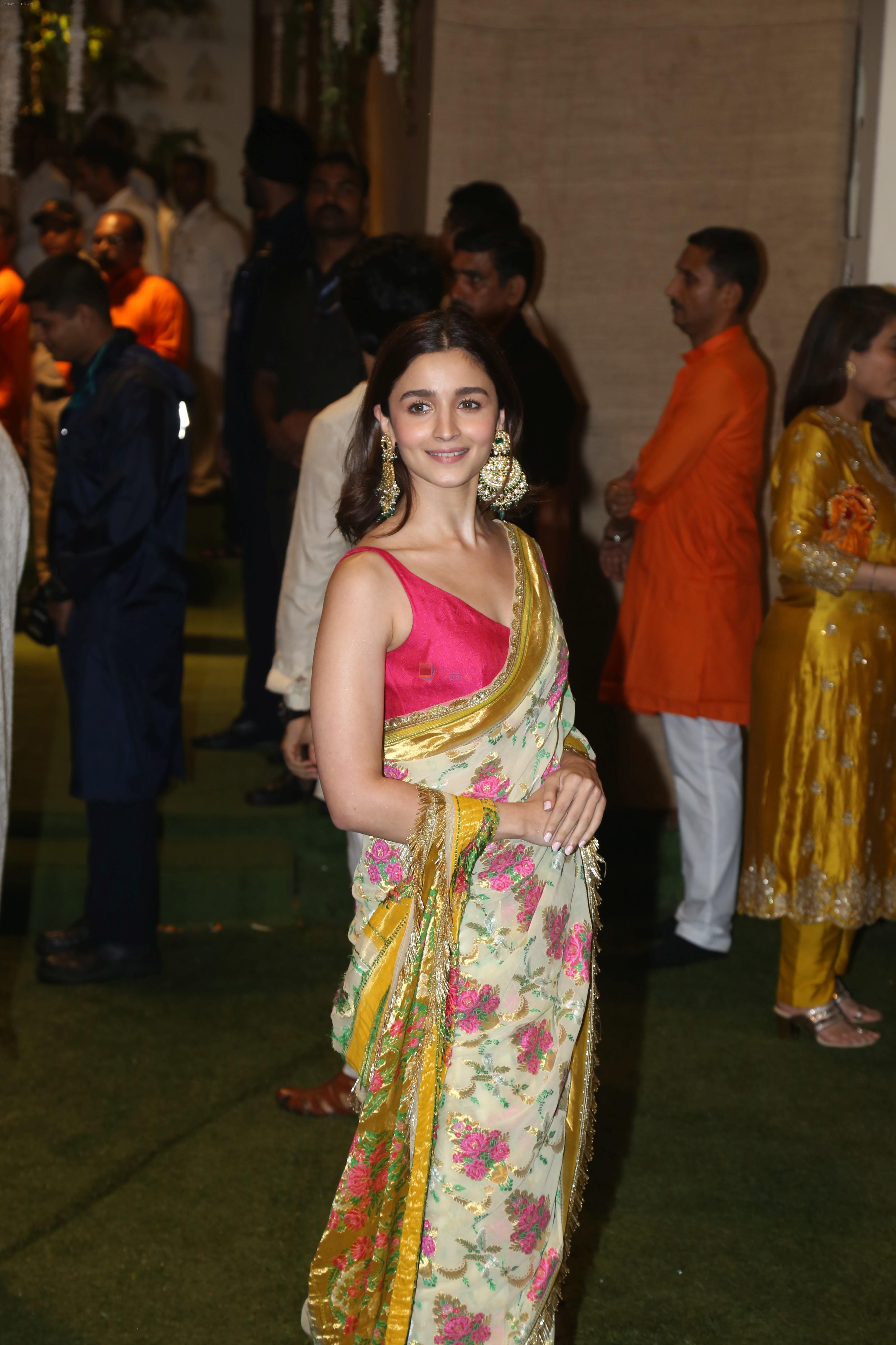 Alia BHatt at Mukesh Ambani's house for Ganpati celebration on 2nd Sept 2019
