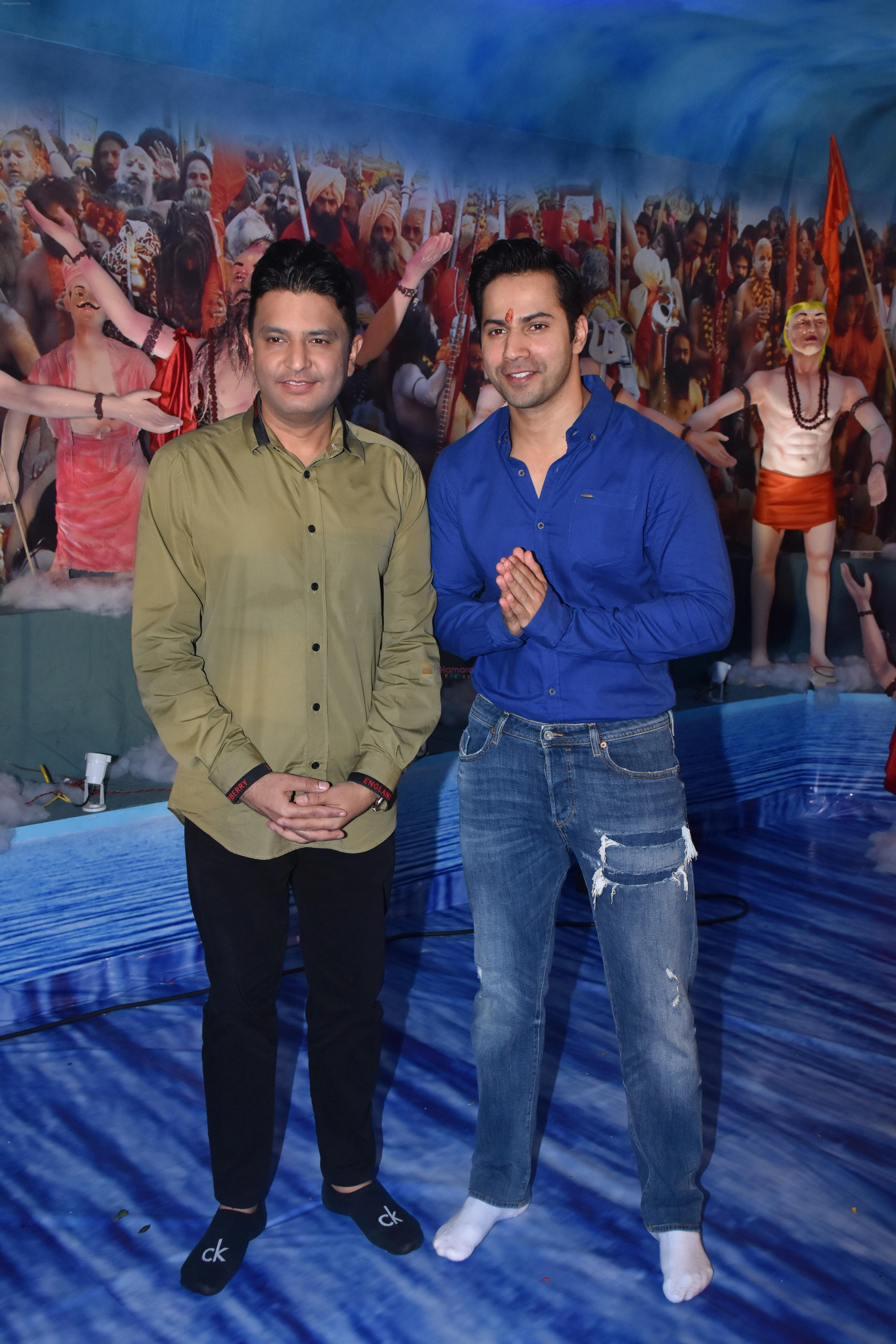 Varun Dhawan, Bhushan Kumar at Tseries office in andheri for Ganesh darshan on 12th Sept 2019