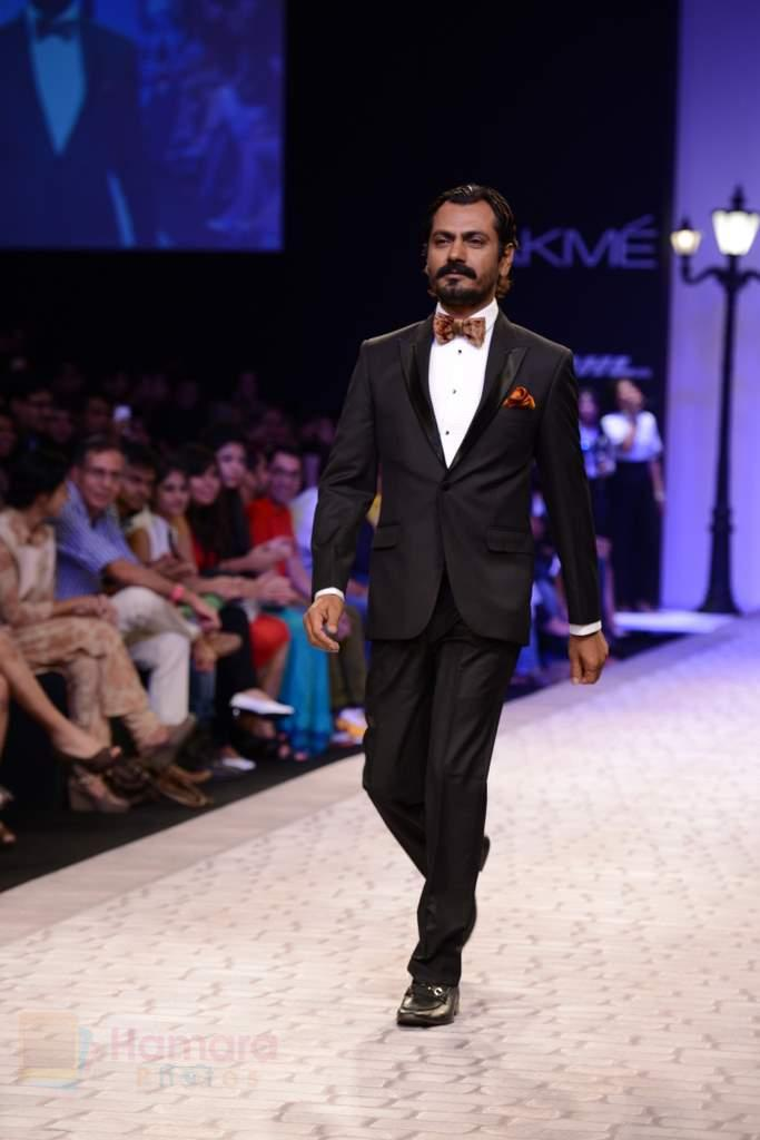 Nawazuddin Siddiqui walk the ramp for Troy Costa show at LFW 2013 Day 2 in Grand Haytt, Mumbai on 24th Aug 2013