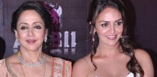 Hema Malini, Esha Deol at Sridevi's birthday party in Mumbai on 17th Aug 2013