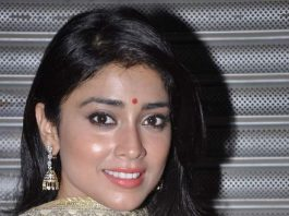 Shriya Saran at Inner Wheel meet in Heera Panna Mall, Mumbai on 1st Sept 2013
