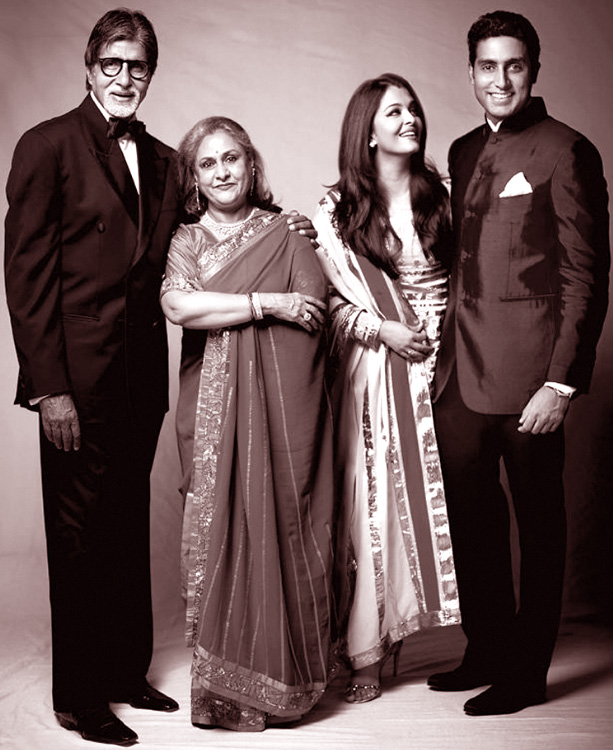 Amitabh Bachchan prefers to eat with family
