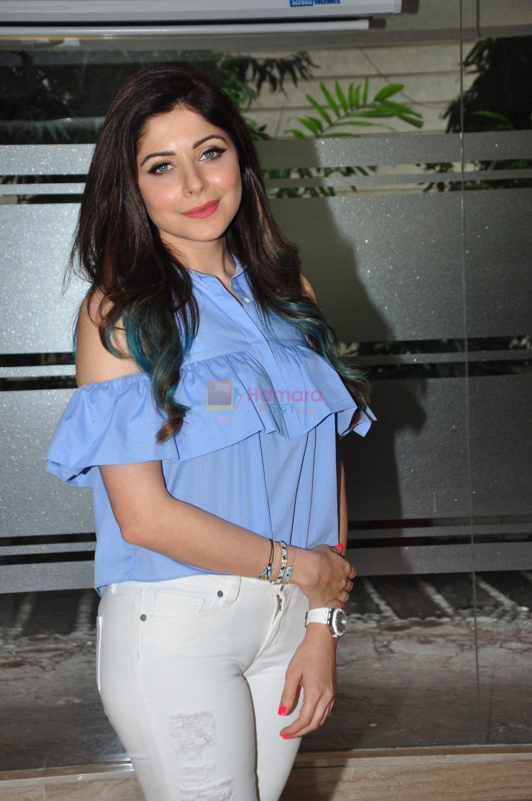 Kanika Kapoor at an interview in Mumbai on 20th June 2016