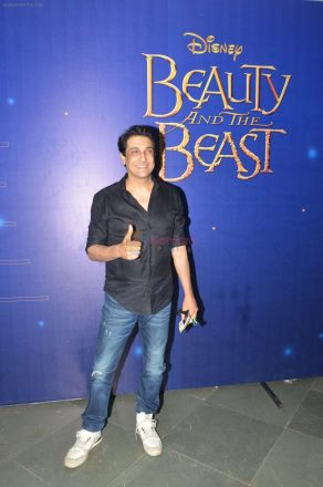 Shiamak Dawar at Beauty and Beast screening on 6th April 2016 shown to user