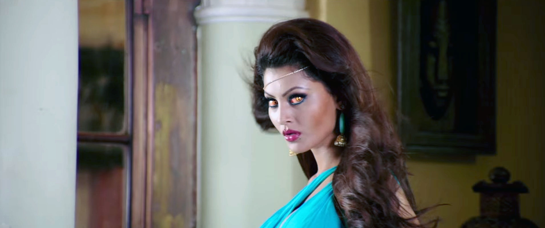 Urvashi Rautela plays Ghost in Great Grand Masti Movie Still