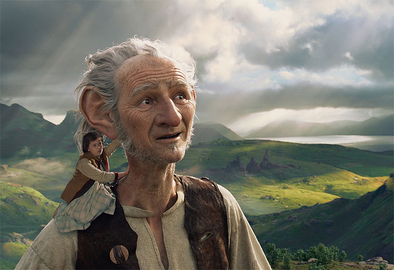 Mark Rylance and Ruby Barnhill in The BFG