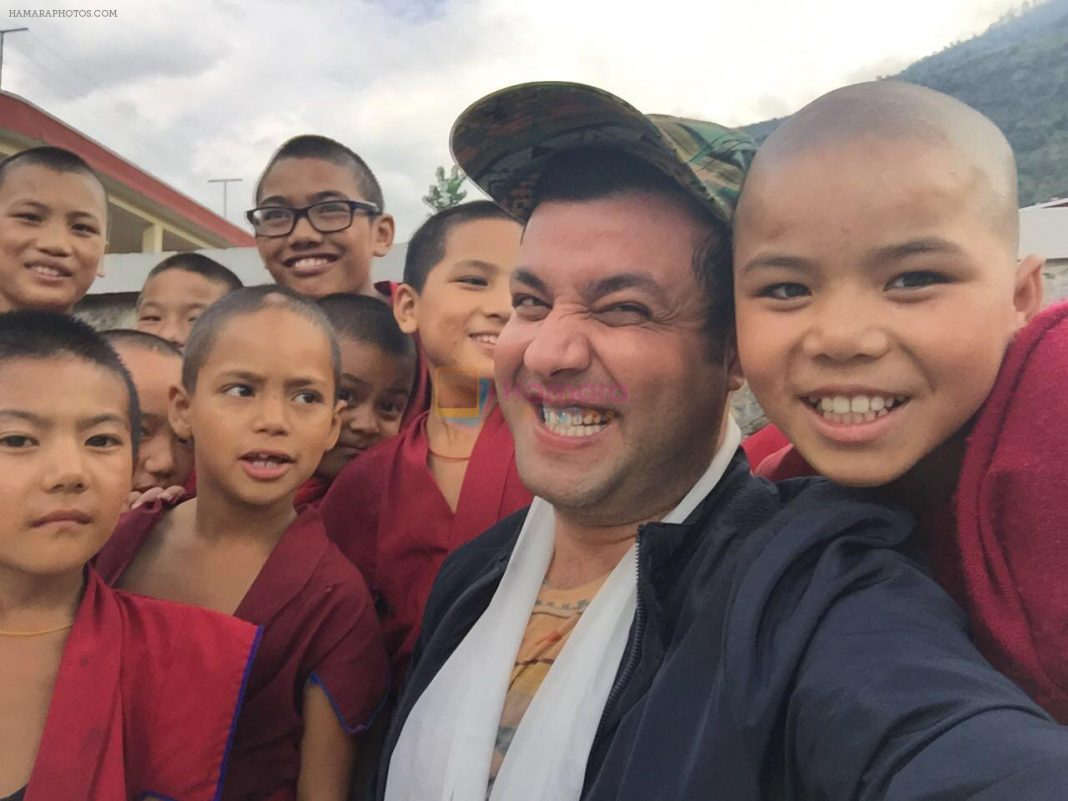 Varun Sharma's encounter with Lama Kids