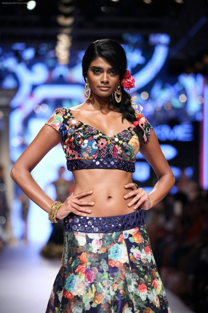 Model walk the ramp for Suneet Varma Show at Lakme Fashion Week 2015 Day 4 on 21st March 2015