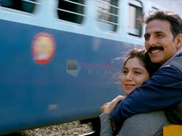 Akshay Kumar, Bhumi Pednekar in Toilet Ek Prem Katha Movie Stills